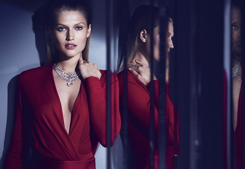 1476263842_cartier_magicien_magie_blanche_necklace.jpg