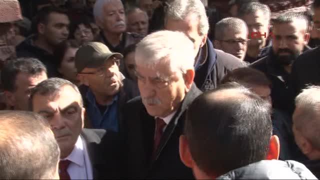 ankara-ve-istanbul-da-hdp-lilerin-gozalti-8927903_6155_m.jpg
