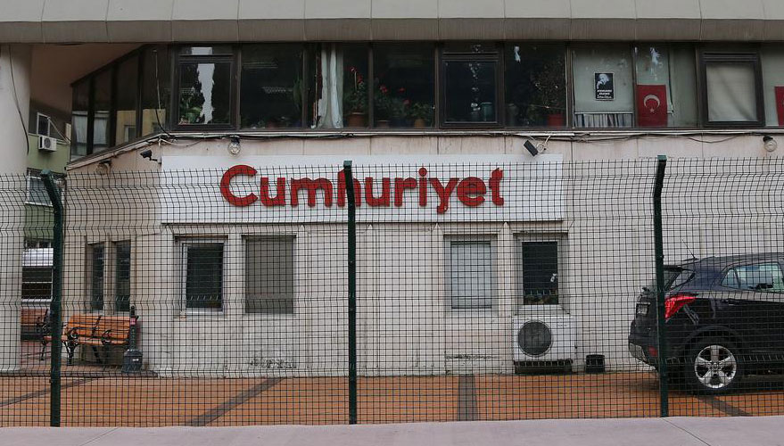 cumhuriyet-gazetesi-binasi-hazreti-muhammed-karikatürü.jpg
