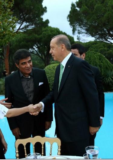 ibrahim-erkal-erdogan-in-iftarina-cengelli-8543246_1670_m.jpg