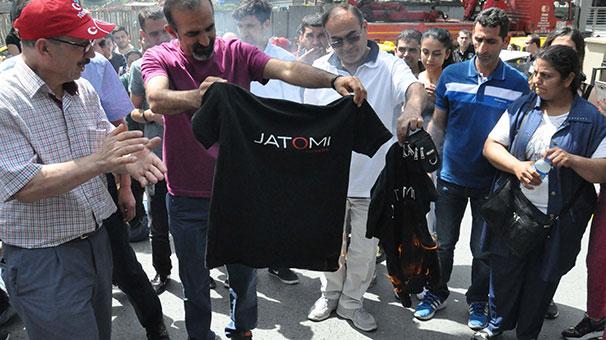 jatomi-fitness-calisanlarindan-protesto-7133225.jpeg