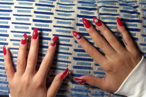 ita_ora_manicure_a_p.jpg