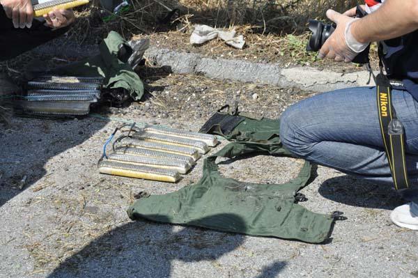 tem-otoyolunda-canli-bomba-yelekleri-bulundu-7168960.jpeg